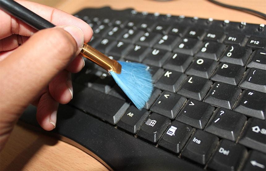 Jednostavno i efikasno čišćenje tastature