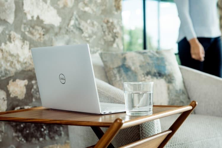 Kako odabrati najbolji laptop za rad od kuće